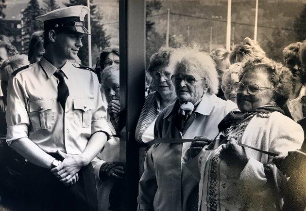 Folk strømmet til 2. juni i 1988 da Spareland åpnet.