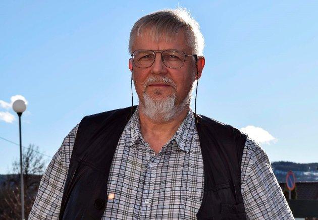 KLEM: – Jeg gleder meg til alle klemmene jeg har til gode, selv om jeg har forsonet meg med at de ikke må vare mere enn ett kvarter ... av gangen., skriver kommuneoverlege Jens A. Mørch.
