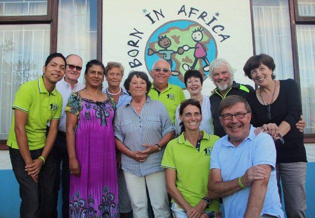 Ildsjeler: Toralf sitter i styret til organisasjonen Born In Africa (BiA). Bildet er fra et styremøte i Sør-Afrika.