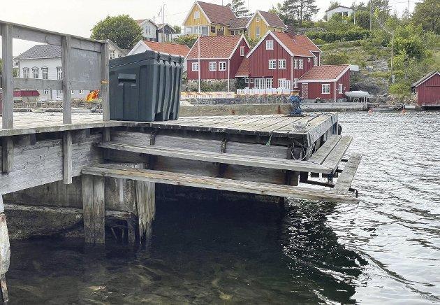 Lyngør: i mange år har kommunen forsømt sitt vedlikeholdsansvar for den kommunale bryggen på Lyngørsiden, som nå er i elendig forfatning, med risiko for at noe alvorlig kan skje. Arkivfoto