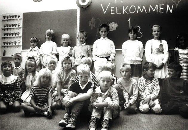 SOGSTI 1B: Her er førsteklassinger fra Sogsti skole. Bildet er trolig fra 1989.