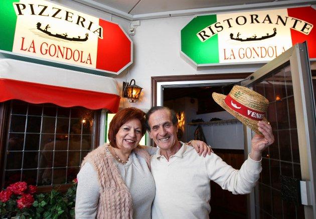 Maria Di Modugno og Vincenzo («Enzo») Di Modugno solgte La Gondola etter å ha drevet italiensk restaurant i Moss i 30 år.