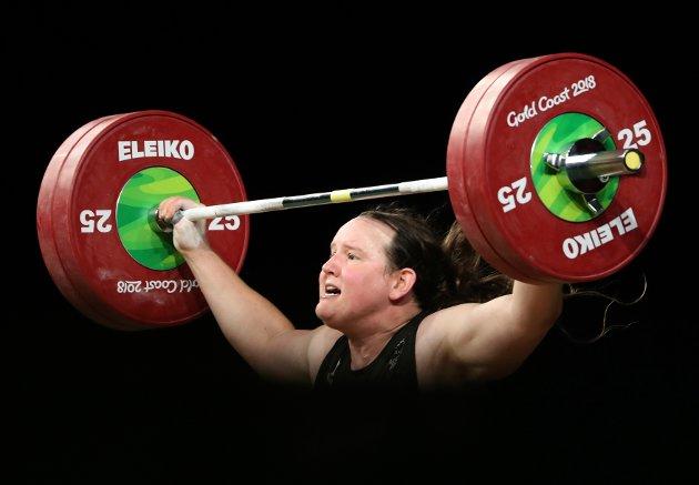 Arkivbilde av Laurel Hubbard som konkurrerer i vektløfting i Commonwealth Games, avholdt i Australia i 2018. Denne gangen i 90-kilos klassen, også med kvinnene.