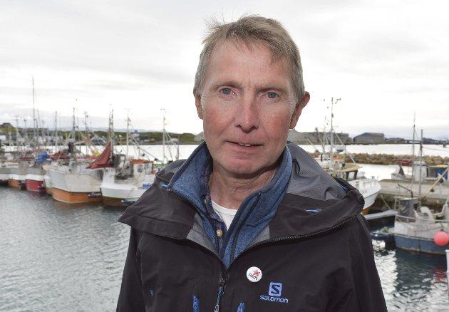 Jens Ingvald Olsen (R).