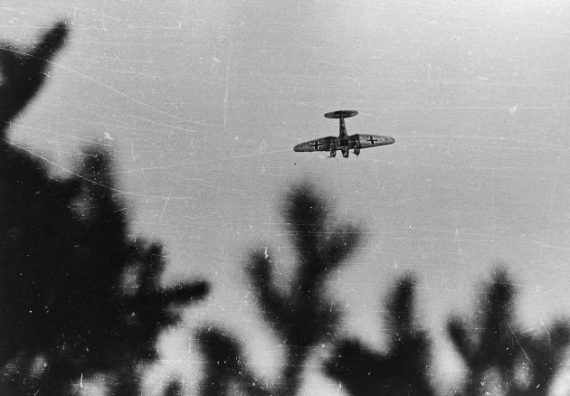 Tysk fly (Heinkel 111) over Østerdalen April 1940