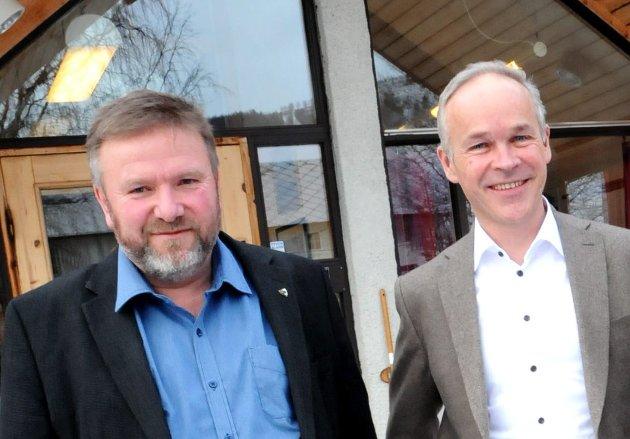 Dovre-ordfører Bengt Fasteraune har fått en liten sommergave av kommunalminister Jan Tore Sanner.