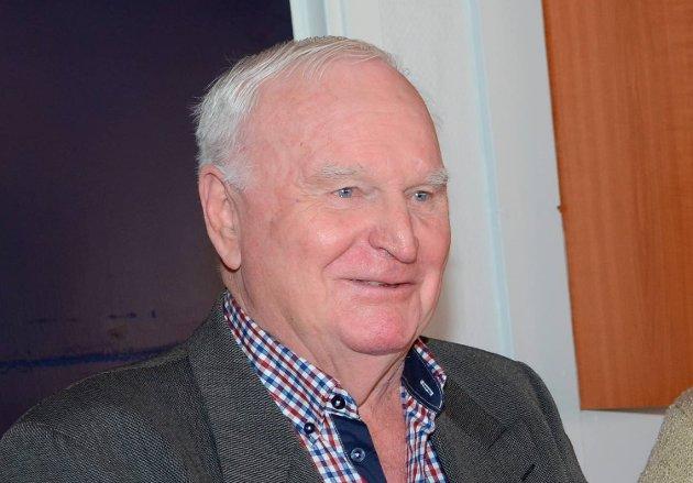 Som så mange oddinger vokste Leiv Stensland opp i en industriarbeiderfamilie. I 2012 ble Stensland hedret for 60 års medlemskap i Odda herreds Arbeiderparti.