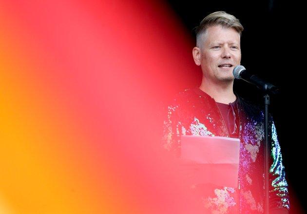 Bjørn André Widvey holdt apelll på Rådhusplassen.