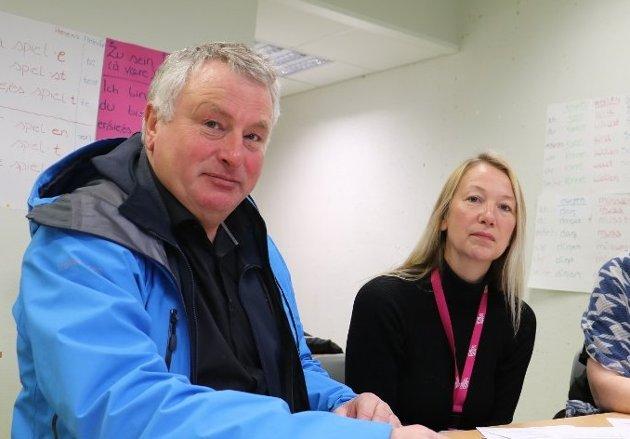 Peter Talseth og Hanne Benedikte Wiig fra Alstahaug kommunne.