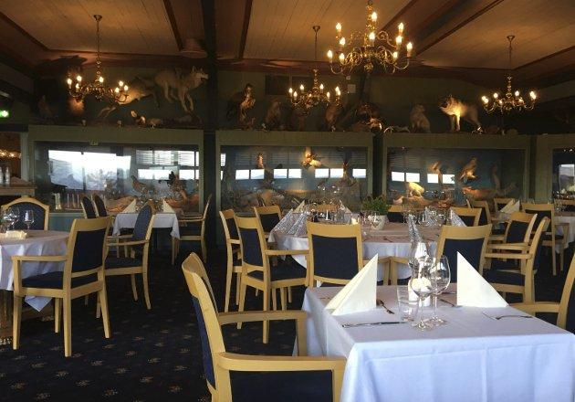 NYTT TILBUD: Restauranten Fjell, i Villmarkssalen på Bergo Hotell, har mulighet til å bli et attraktivt spisested mener Kæll'n og Prinsessa, men da må den markere seg på gata slik at folk blir klar over stedet inne på hotellet.