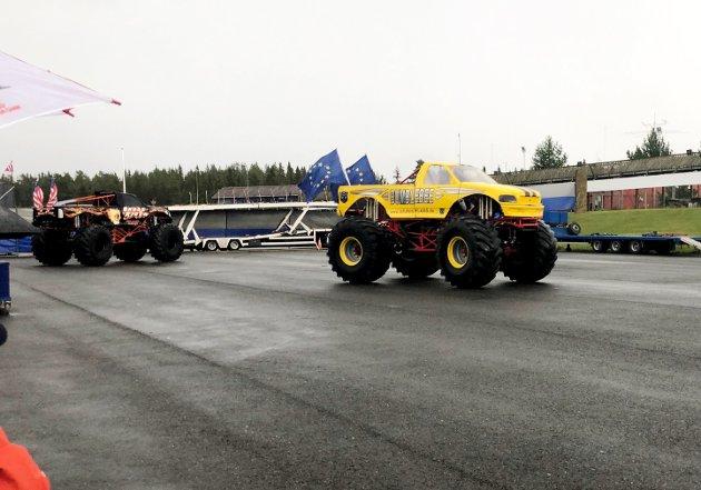 Monster Truck Stunt Show på Birkebeiner stadion.