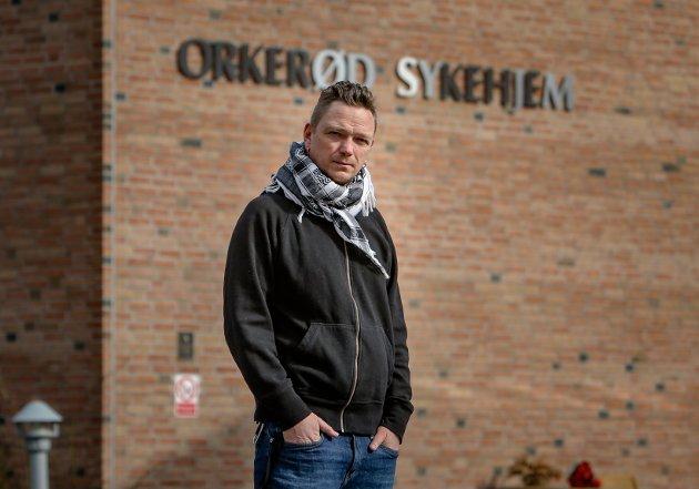 ROS: Remi Sølvberg (Rødt), er leder i helse- og mestringsutvalget og roser de ansatte for innsatsen under pandemien.
