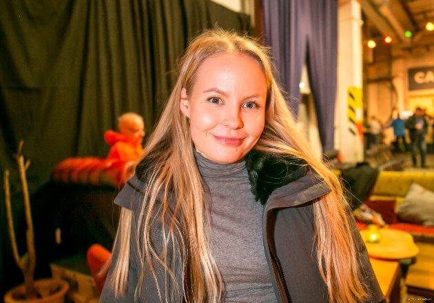 Tonje Nilsen (20): - Ungdomspolitikk. Skole og helse er viktig, og jeg er opptatt av at kommunen skal bli flinkere når det gjelder psykisk helse. Her gjør man ikke nok i dag.