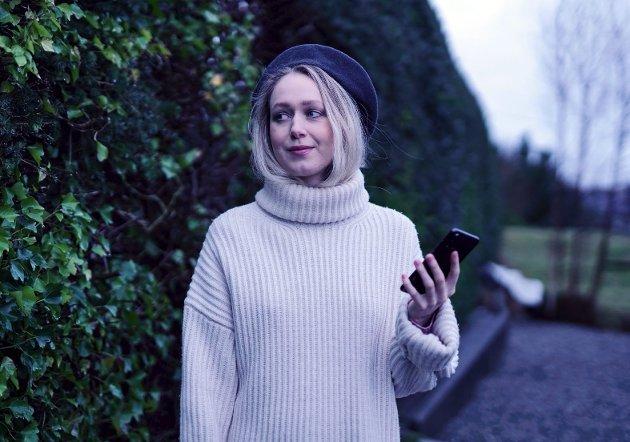– Må vi akseptere de negative konsekvensene med sosiale medier? spør Hilde Vikøyr Brynjulfsen i dette innlegget. FOTO: PRIVAT
