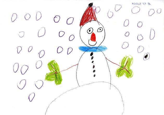 KLEDD FOR VINTER: Michelle Pettersen på fire og et halvt år har tegnet en fornøyd snømann med gode votter, skjerf og lue i snøværet.