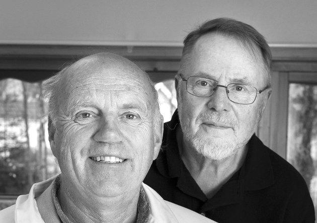 Fastlege på Hallingby, Steffen Steffensrud, og pensjonert journalist Anders Skrataas møtes noen ganger til uformell prat over en kopp kaffe.