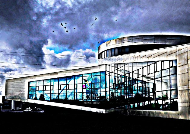 Sarpsborg Næringsforening arrangerer årlig utdeling av fag- og svennebrev i forbindelse med Håndverket- og industriens dag. Dette skjer i år den 15. januar på Inspiria. «Fagutdanning er viktig, og vi trenger fagarbeidere innen mange områder», skriver Mariann Karlsen, daglig leder i Sarpsborg Næringsforening, i dette innlegget. (Foto: Jarl M. Andersen)