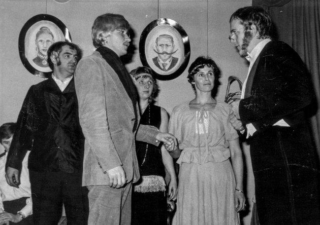 Den spanske floga: Per Jarle Waulen, Nina Kambestad, Steinar Nilsen, Terje Bleie, Sigrun Gjertveit. 1982.