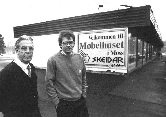 Skeidar Møbler 1988. Fra v.: Erik Andresen og Tom Levorstad (daglig leder)