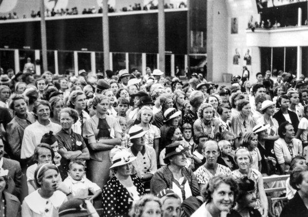 Mosseutstillingen på Skarmyra i 1937.