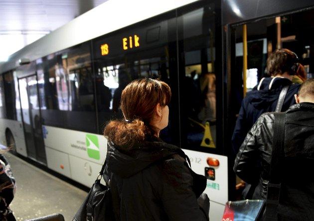 BILLIG: Buss er ikke dyrt hvis man benytter rabattordningene. Foto: Kirvil Håberg Allum