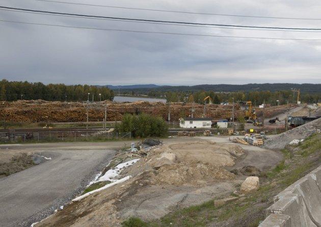 SPRENGT: Dagens tømmerterminal på Norsenga har ikke stor nok kapasitet i dag, derfor må utbygging prioriteres, mener innsenderen.