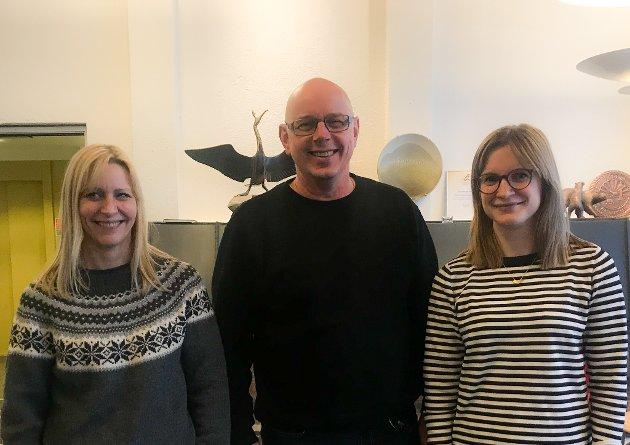 KLARE FOR VALG: Nestleder Berit Hågensen, leder Erik Johannessen og partisekretær Kaia Charlotte Faherhaug i Hammerfest Arbeiderparti.