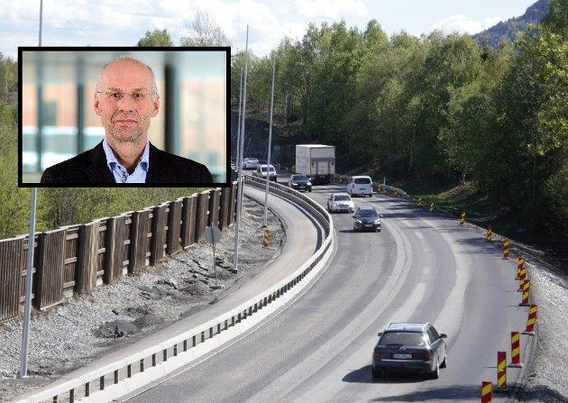 - Nullvisjonen har vært banebrytende for trafikksikkerhetsarbeidet i Norge. Utviklingen har vist at Nullvisjonen virker, og at målet er oppnåelig. 6.000 som ikke er drept eller hardt skadd kan vitne om det, skriver direktør i Statens vegvesen, Per Morten Lund.