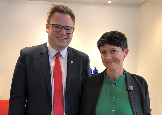 KLIMA: Even Aleksander Hagen (Ap), fylkesordførar og Aud Hove (Sp), fylkesvaraordførar bør tenke mer på sykehusstruturen i Innlandet enn klima, mener innsenderen.