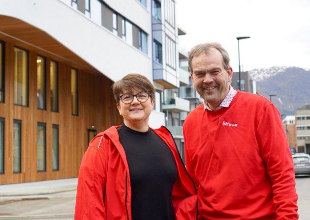 Anne Kristin Førde, leiar i LO sitt familie og likestillingsutval og Nils Petter Støyva, distriktssekretær.