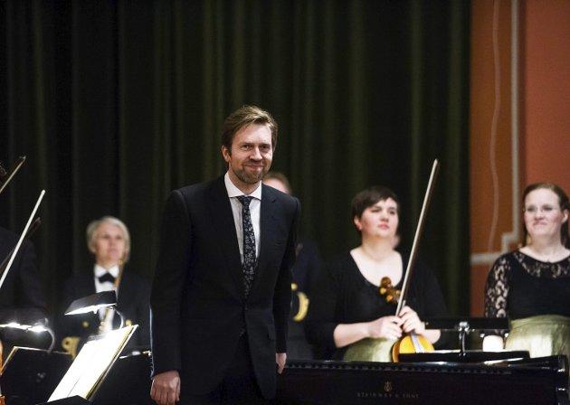 Ledet: Leif Ove Andsnes spilte solo i Mozarts «Klaverkonsert nr. 20» og ledet samtidig orkesteret som besto av TrondheimSolistene og blåsere fra Horten. Begge foto: Johnny leo Johansen