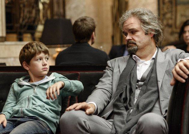 Solid duo: Håkon Bøhmer (til venstre) og Atle Antonsen i det norske dramaet «Grand Hotel».Foto: filmweb.no