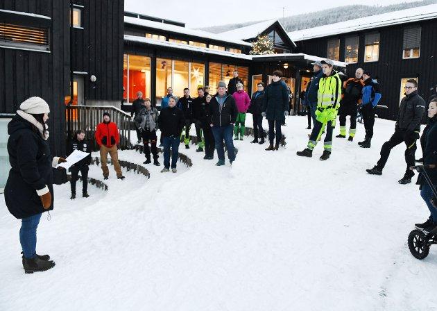 OPPRØR: I Heidal protesterte innbyggere mot skolenedleggelse. Folk i distriktene trenger ny framtidstro.