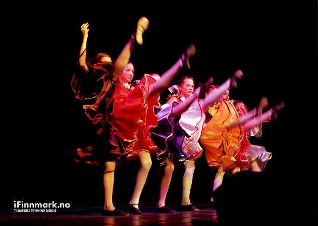 """UKM: Lokalmønstring i Hammerfest. Unge kulturskoledansere sjarmerte mange med sin dans, """"Fiesta"""""""