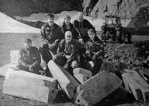 Banen på Evjen var et resultat av dugnadsånd og hardt arbeid. Her er noen av medlemmene i Lofoten Motorsportklubb. Fra venstre bak: Klaus Markussen, Torgeir Isaksen og Ketil Vingås. Fra venstre framme: Tor Gaardner, Pål Sjøstedt og Peter Lång.