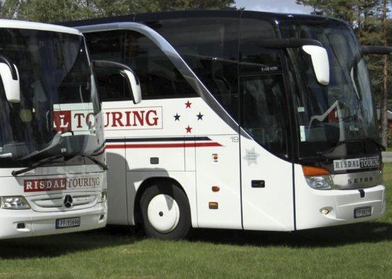 Fornøyde med turopplegg og sjåfører: Turen til Strømstad i Sverige med Risdal Touring ble en minneverdig opplevelse, ikke minst takket være serviceinnstilte bussjåfører. Illustrasjonsfoto