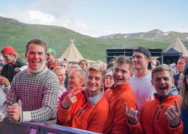 FREDAG: Svein Stavdahl (f.v.), Kristian Bakken, Kristoffer Aure og Jonas Lium på konsert.