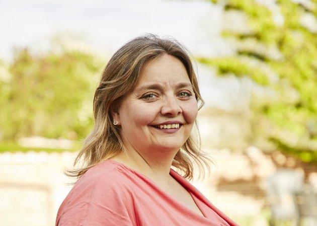 Karin-Elin Berg oppfordrer til å stemme Åpen folkekirke ved kirkevalget.