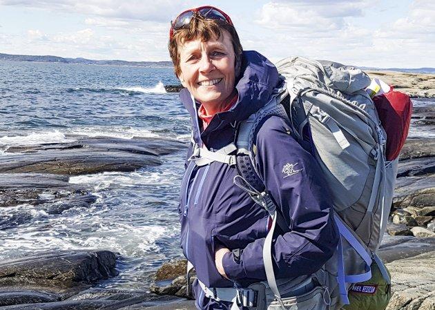 Anne Grimstad Fjeld har levd med kreftdiagnose i flere år. Koronavaksinen og tidspunkt for å få den, har hun stilt en rekke spørsmål rundt. Foto: Privat