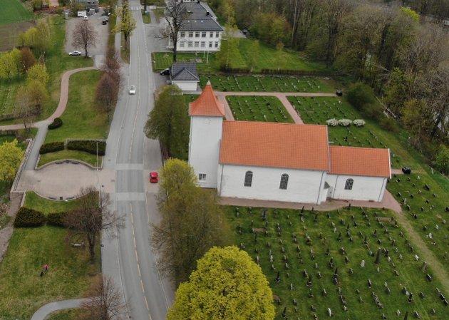 ØKNING: Å fornye gravsted i Sande er blitt tre ganger dyrere på ti år.