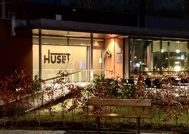 Kvartetten Hege og Steven Bassili, Kristoffer Halvorsen og Geir Skeie åpnet sitt nye sted Huset i høst.