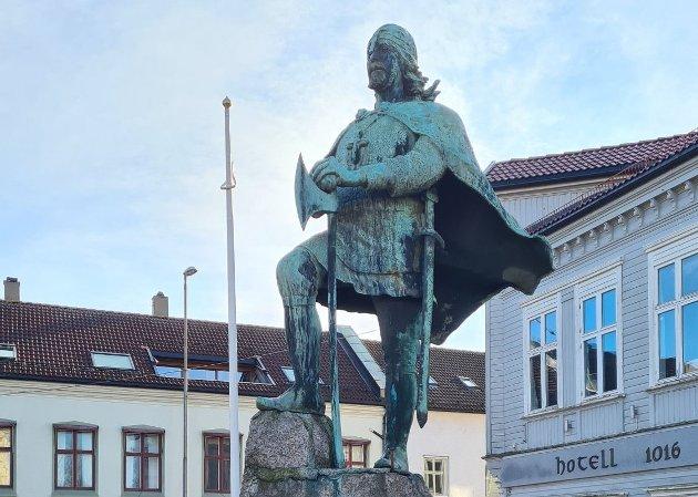 Mer enn tusen år er gått siden Olav den hellige grunnla byen vår. Frode Risbakken, nestleder i FNB Sarpsborg, mener det er viktig at vi har fokus på byens historie og identitet i en tid der det foregår diverse utbygging og endringer rundt om i Sarpsborg. (Foto: Frode Risbakken)