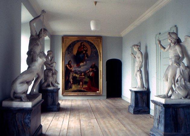 Kunst på Treschowslottet Brahesborg på Fyn som er i boken.