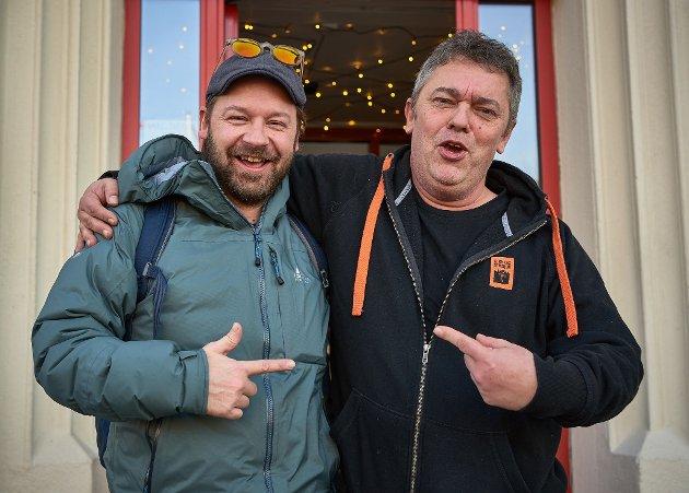 Petter og Trond har de siste par årene utviklet godt vennskap. Her besøker han Kafé Møtestedet til Kirkens Bymisjon i Halden. (Foto: Petter Nyquist)