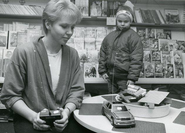 BILDE 1: Leketøybutikk hos Rødsand i Svolvær. Marianne Berg.
