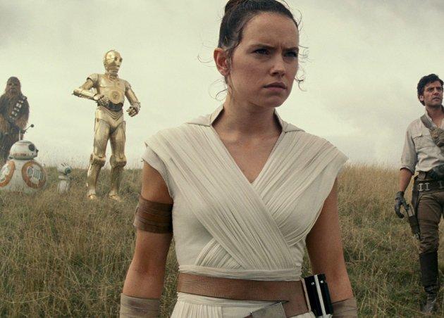 Det siste kapittelet til Star Wars-sagaen er dessverre litt for heseblesende. Foto: Filmweb