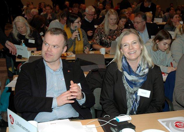 TØFFE TAK: Ingunn Trosholmen er av nominasjonskomiteen foreslått som listetopp i Lillehammer Arbeiderparti etter Espen Granberg Johnsen (t.v.). Hun utfordres av gruppeleder og nyvalgt partileder Mads Furu.