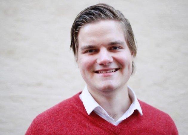 Tobias Drevland Lund Fylkestingsrepresentant i Vestfold og Telemark  1.-kandidat i stortingsvalget for Rødt i Telemark