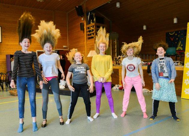 «Hairspray» er årets forestilling med Åsen barne og ungdomsteater.