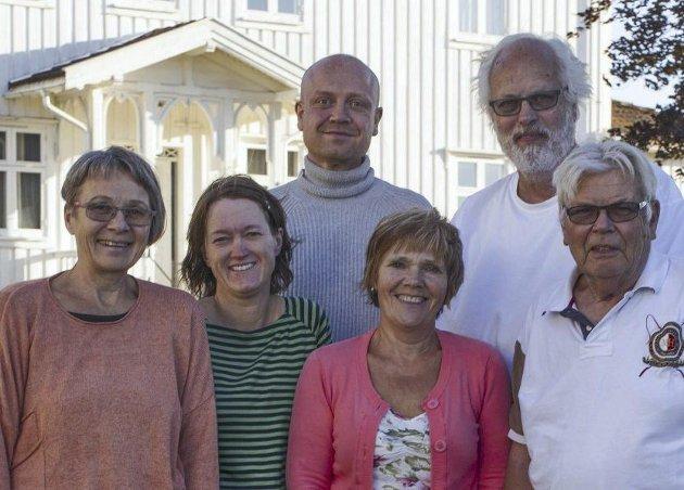 VENNER: Espen Bærheim, Per Olav Berg, Kjellfrid Engen, Marie Gjerde Haug, Anne Starholm og Håkon Skjolden. Foto: Ragnhild Skinnes